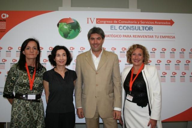 Participación de Ofelia en el IV Congreso de Consultoría de AECTA