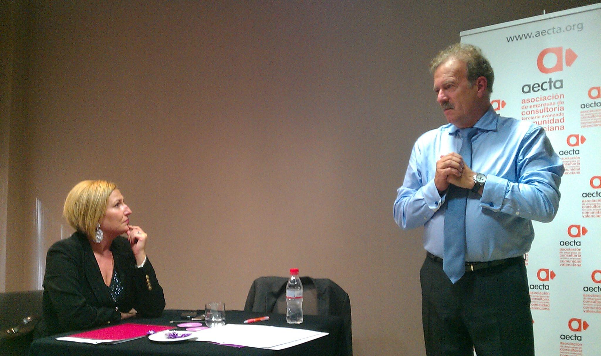 La Escuela de Consultores de AECTA se pone en marcha con Manuel Campo Vidal como ponente inaugural