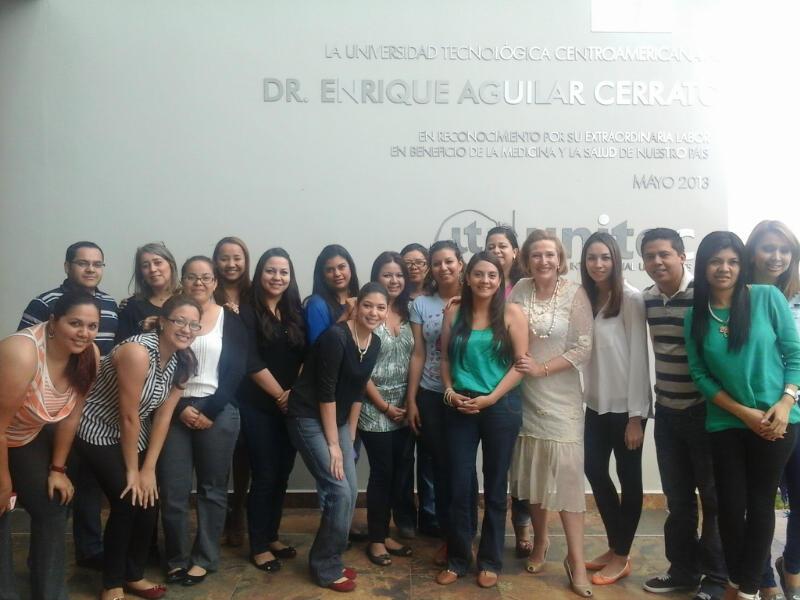 El Coaching y la innovación en la gestión de equipos centra la actividad de Santiago Consultores en Honduras