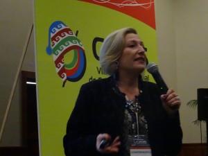 Ofelia Santiago Cumbre Comunicación Política Perú 2015 05