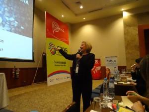 Ofelia Santiago Cumbre Comunicación Política Perú 2015 04