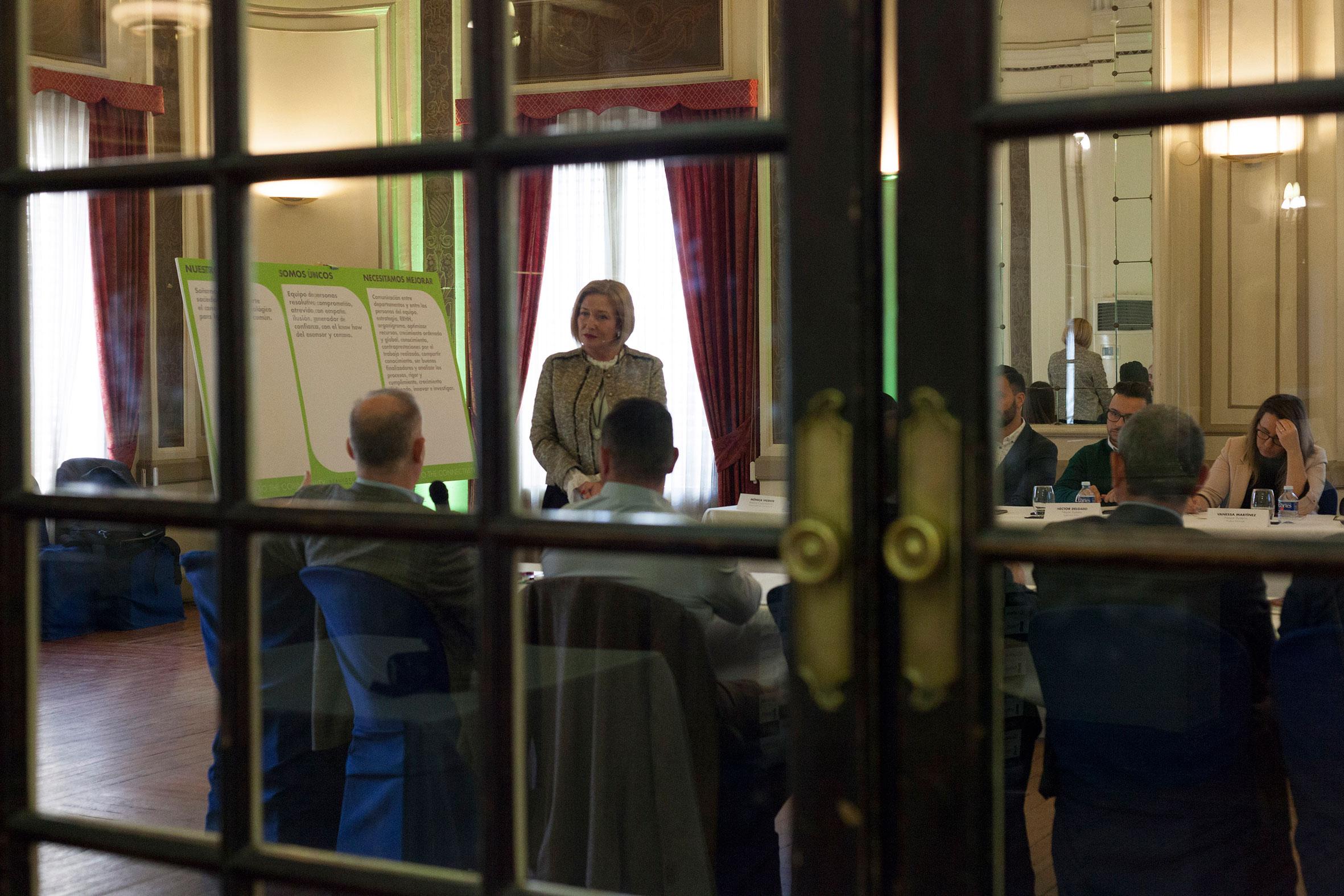 Sesión de coaching empresarial con la firma castellonense Nayar Systems