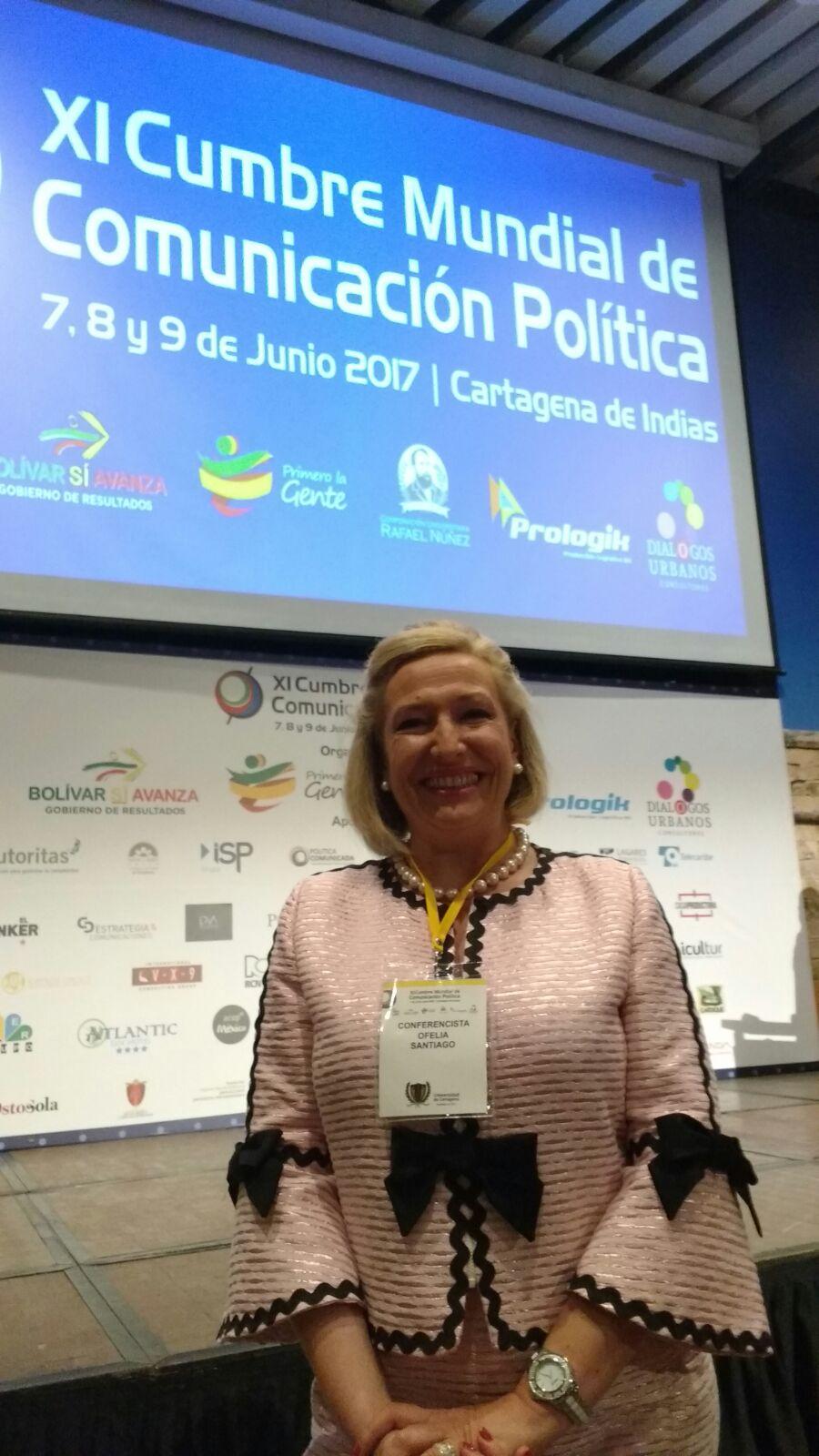 medios de comunicación social charla grasa cerca de Cartagena