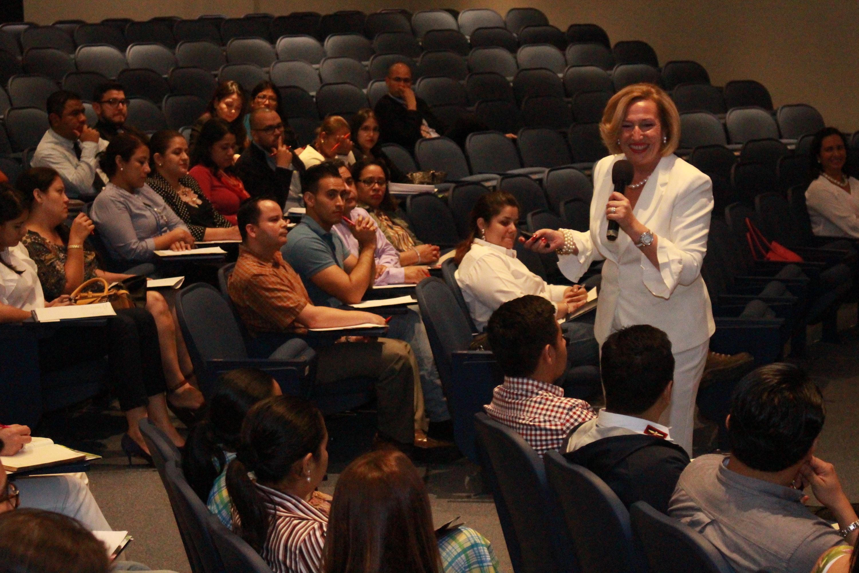 El papel del liderazgo consciente: Sesión en UNITEC Honduras