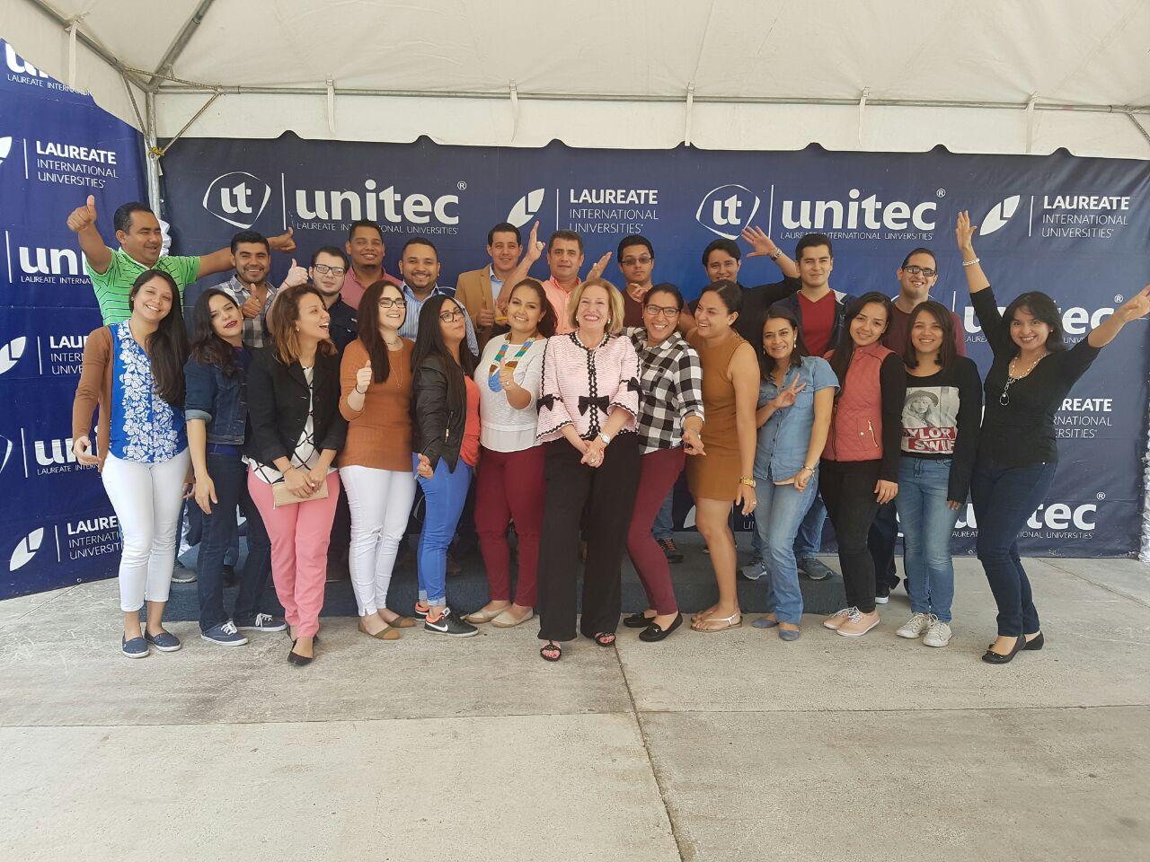 Dos talleres intensivos de competencias directivas en la facultad de postgrado de UNITEC