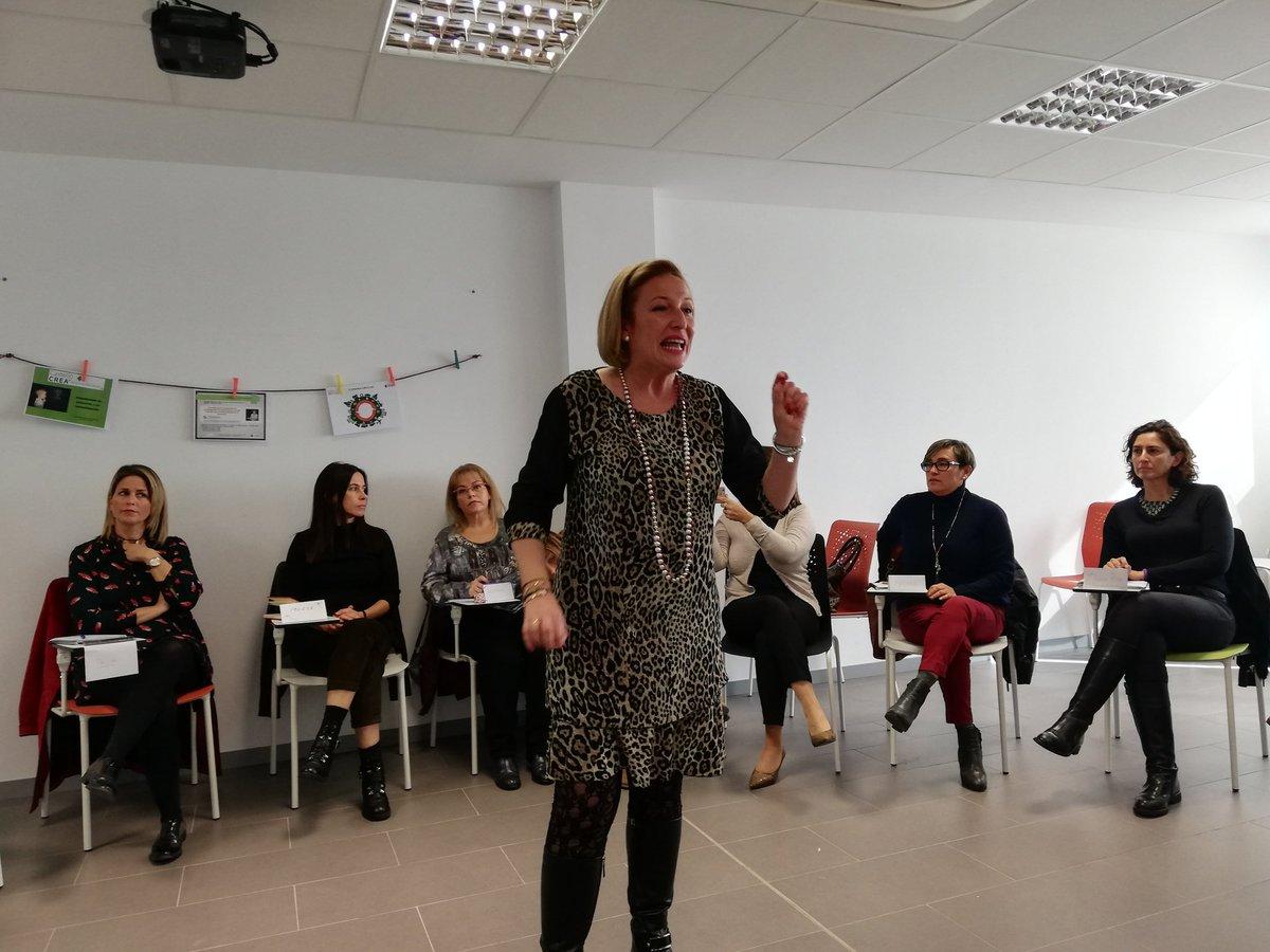 """El curso de liderazgo de Castellón Crea apela a la """"comunicación eficaz"""" como clave para el éxito empresarial"""