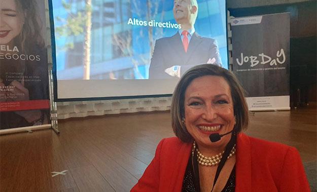 Participación en el Congreso Internacional de Innovación y Gestión del Talento Humano de Quito con una presentación en Realidad Aumentada